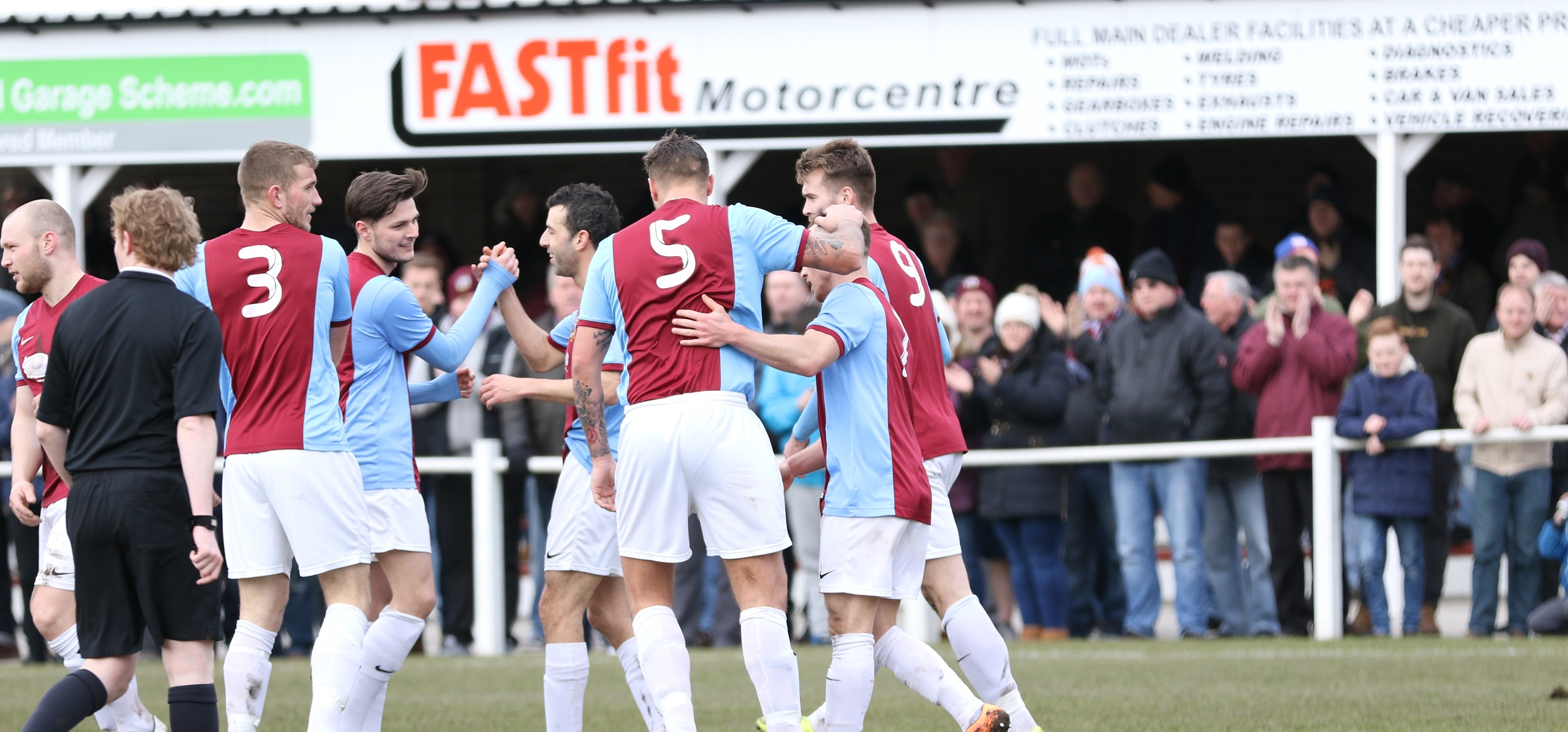 VIDEO: Bumper crowds at Mariners Park inspiring the players – John Grey