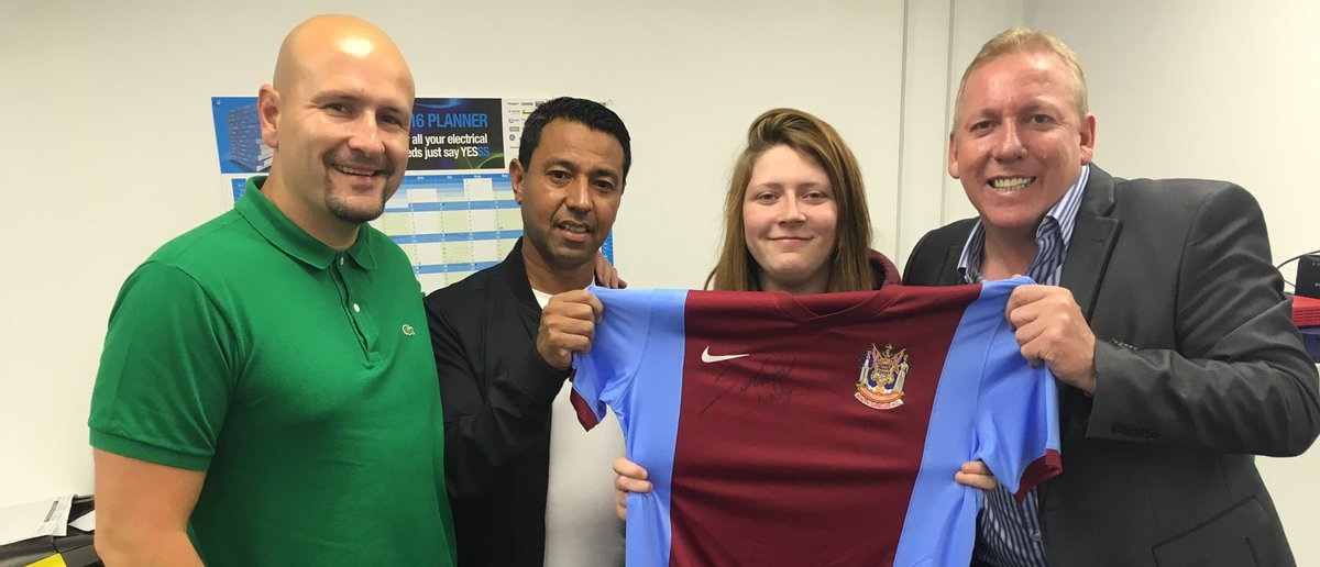 Nobby Solano talk-in a big success at Mariners Park