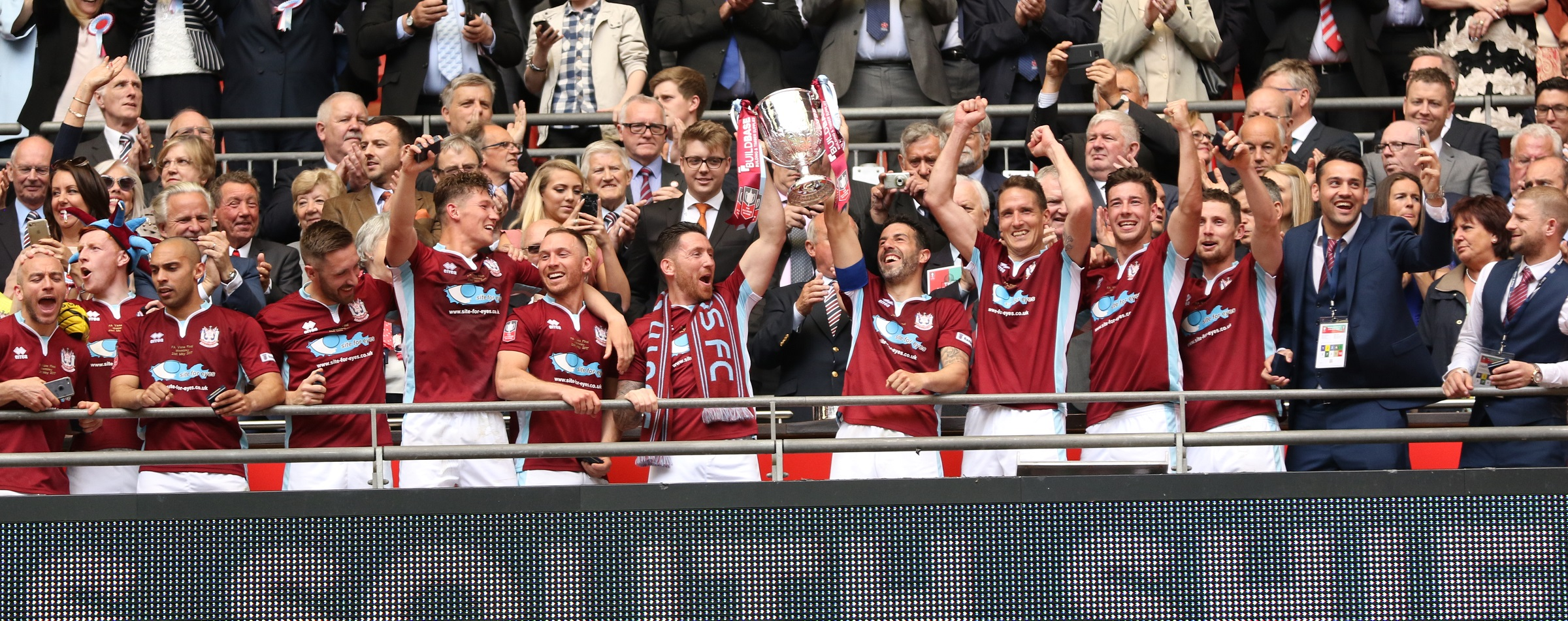 South Shields 4-0 Cleethorpes Town: Mariners win FA Vase at Wembley