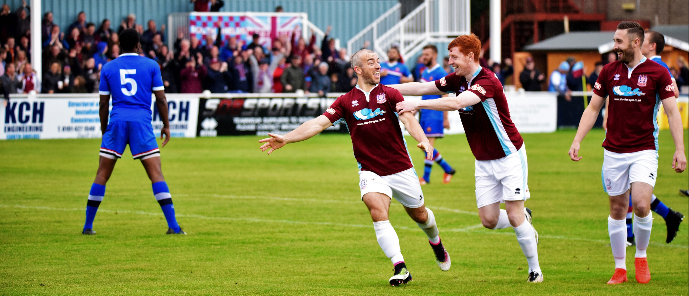 South Shields vs FC United of Manchester