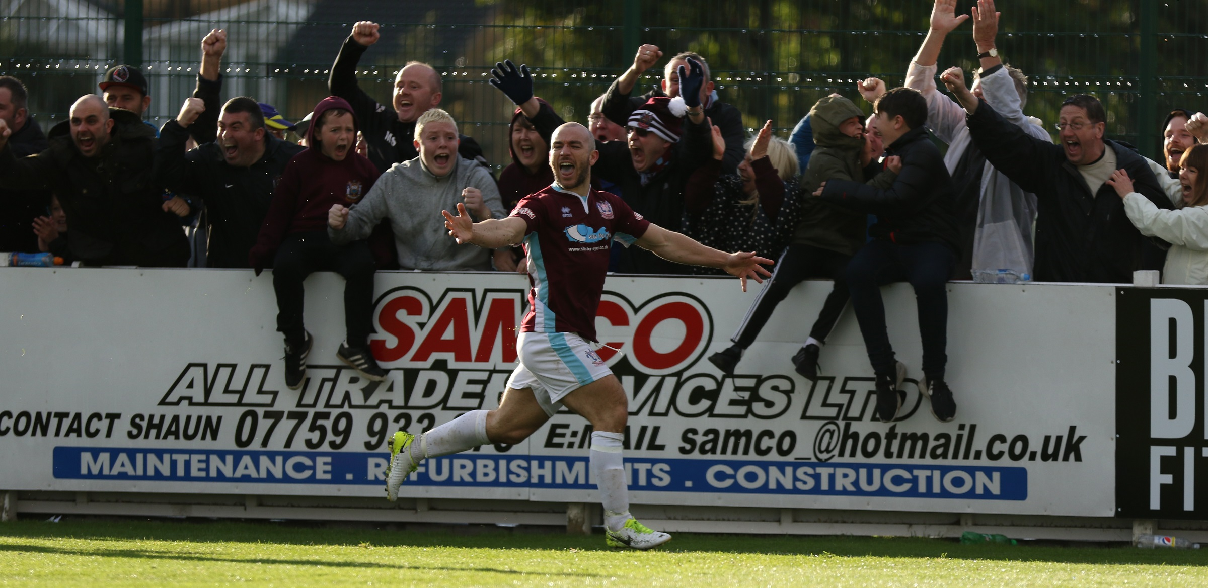 South Shields 3-2 York City: Cogdon strikes late for incredible win