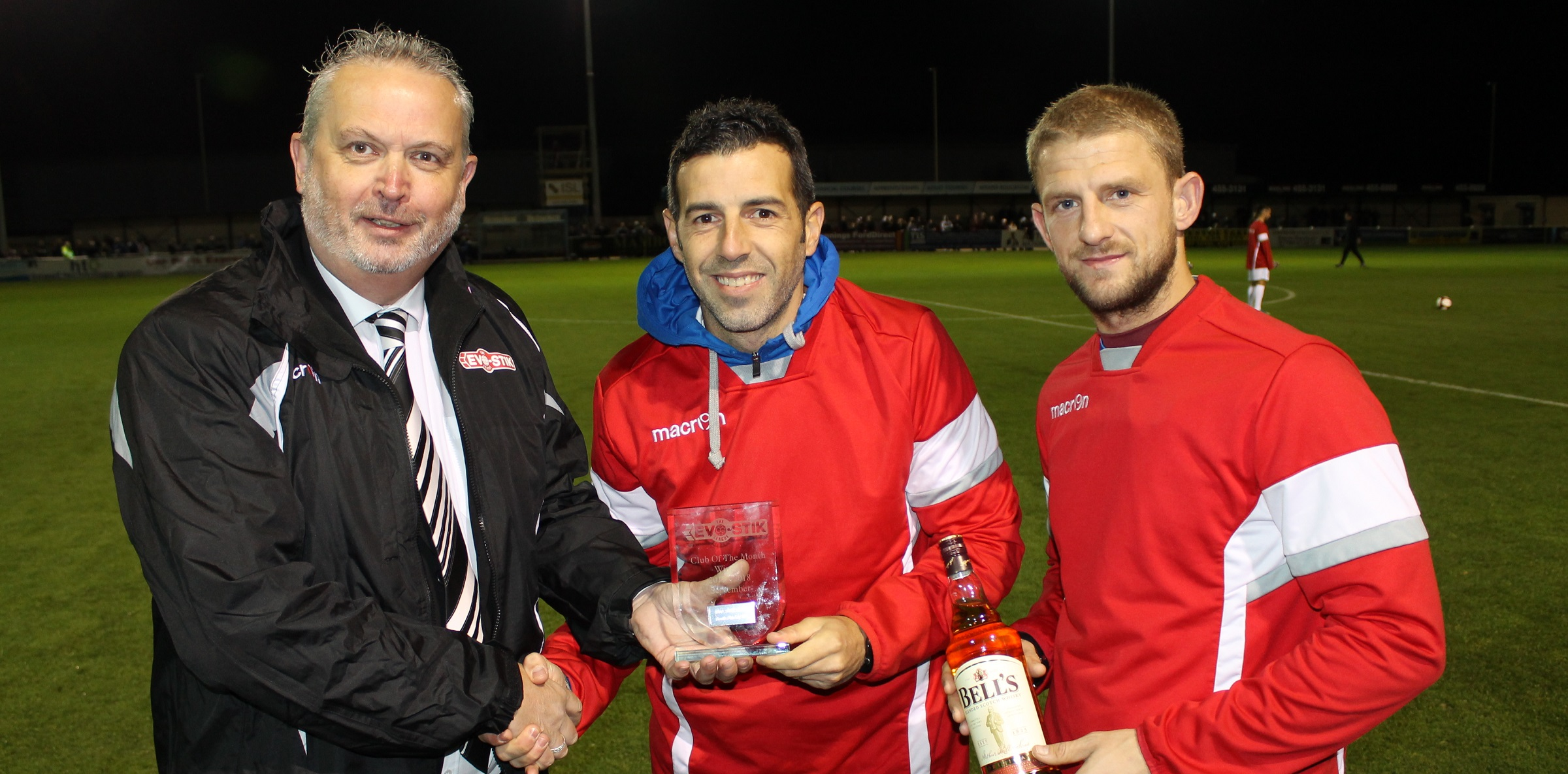 Mariners collect award for EVO-STIK North Club of the Month