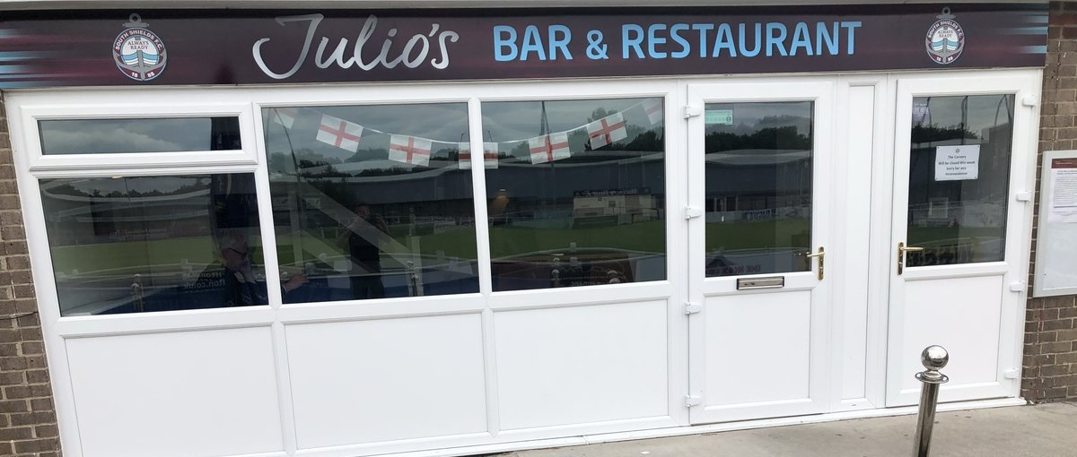 Julio's Bar and Restaurant opens at Mariners Park