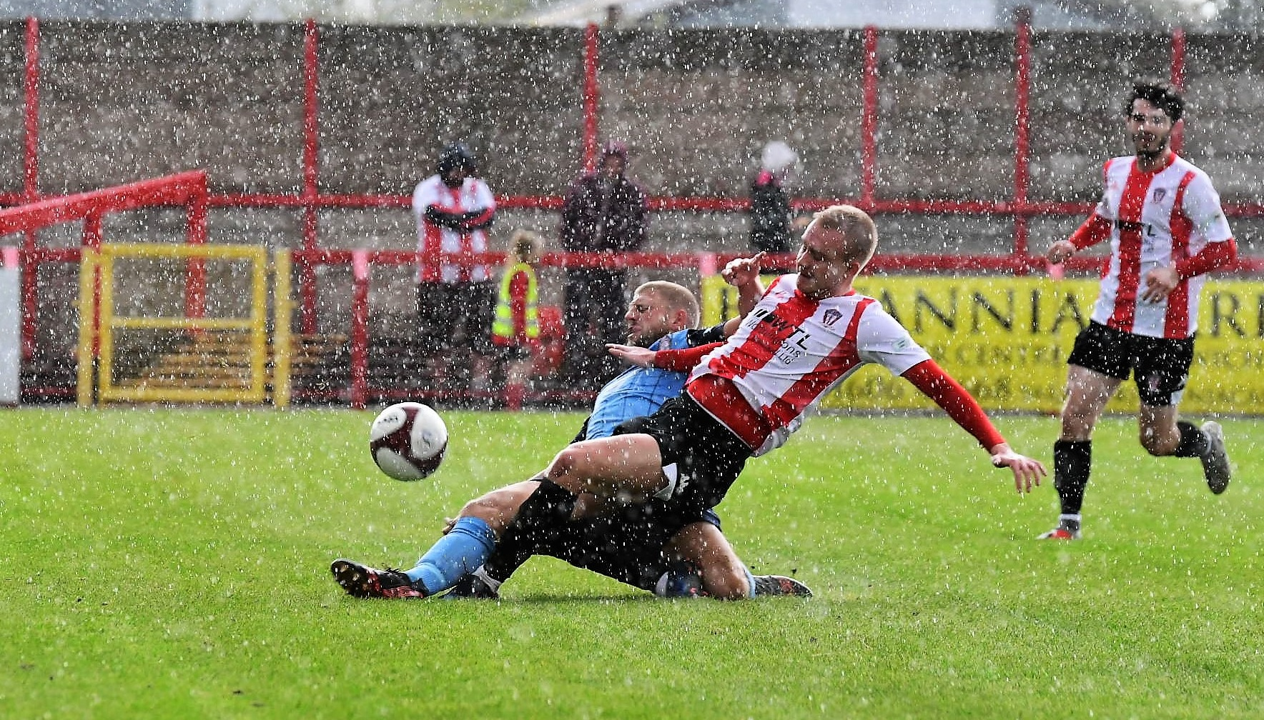 Witton Albion vs South Shields