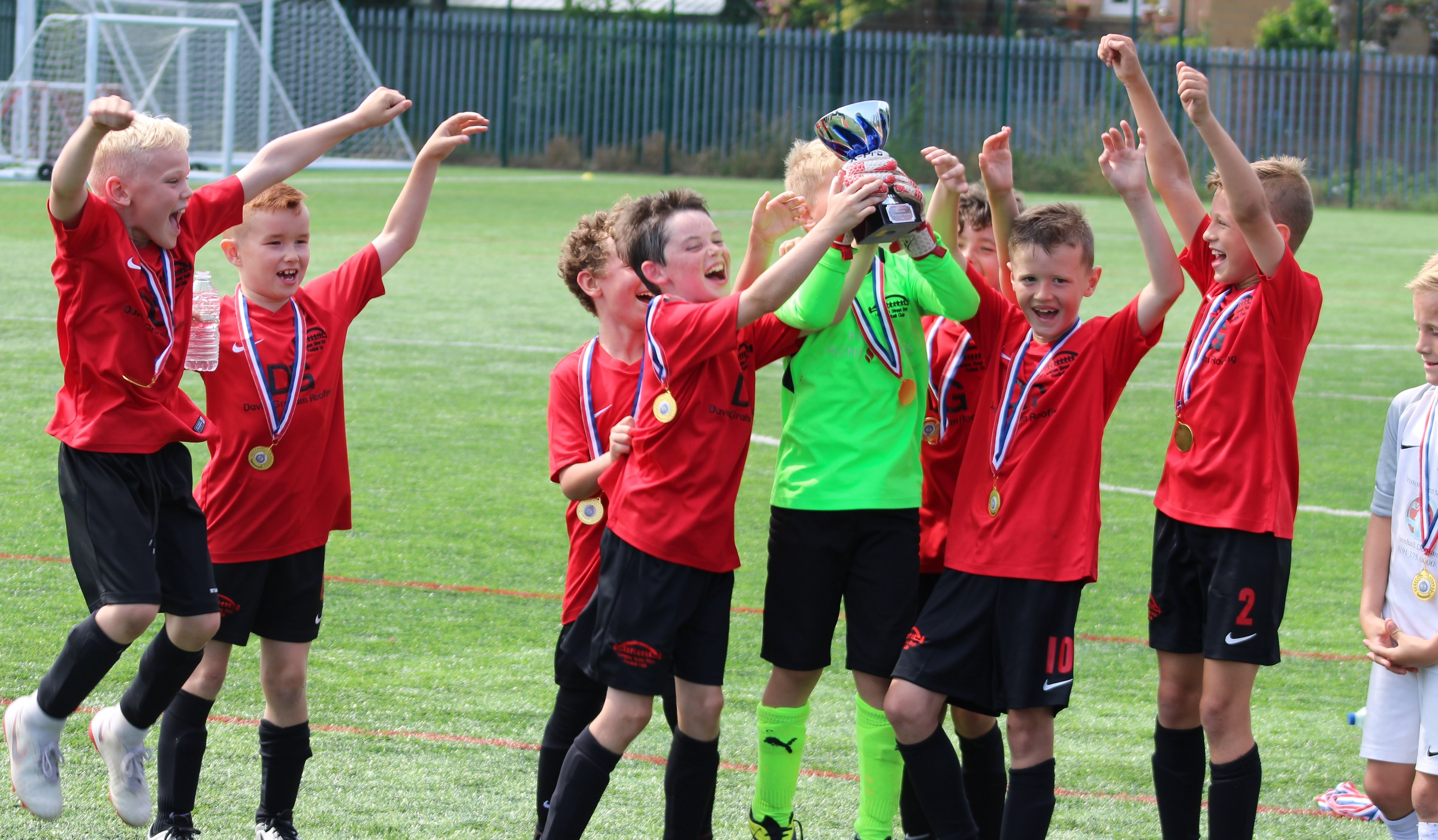 Junior football teams: Sign up for summer tournaments now!