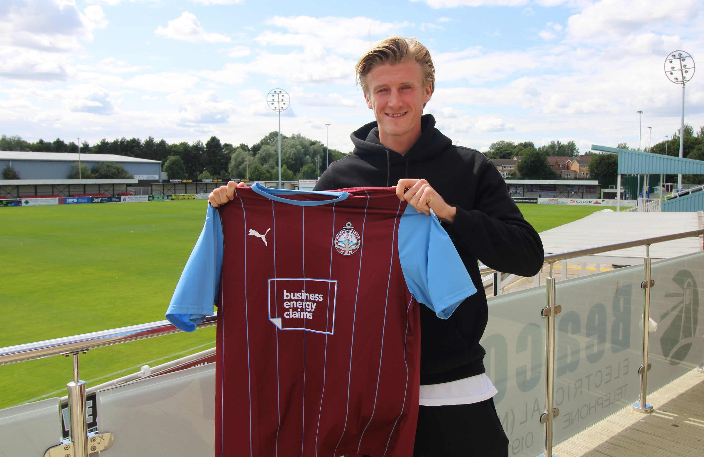 Alex Kempster signs for South Shields