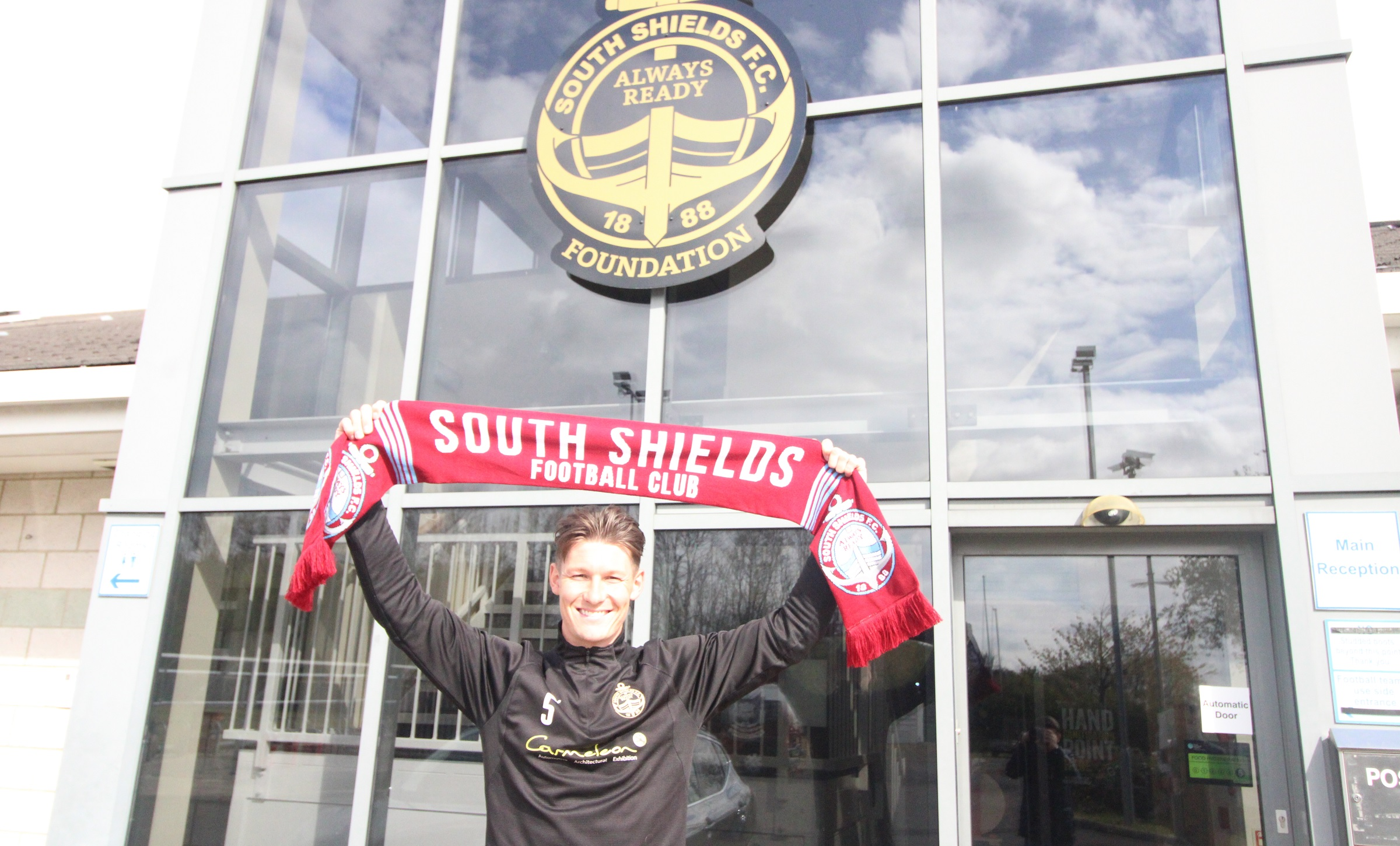 Dillon Morse signs new contract with South Shields
